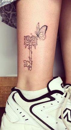 Key Tattoos, Flower Tattoos, Key Tattoo Designs, Lock Tattoo, Emerald Dragon, Under Lock And Key, Old Keys, Key To My Heart, Heart Locket