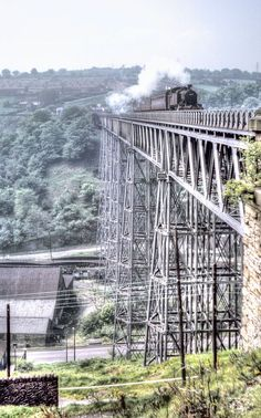 The golden age of steam: A train obsessive's photo collection of historic locomotives - Wales Online Over three decades John Wiltshire built up an unseen archive of thousands of photographs Steam Trains Uk, Old Steam Train, Train Tracks, Train Rides, Train Platform, Steam Railway, Railroad Photography, Old Trains, British Rail