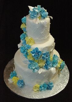 Cake Creations, Wedding Cakes, Desserts, Food, Wedding Gown Cakes, Meal, Wedding Pie Table, Deserts, Essen