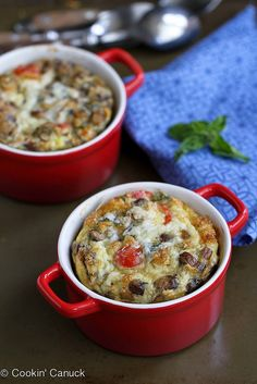 Make-Ahead Baked Eggs with Turkey Sausage, Mushrooms & Tomatoes are perfect for brunch or busy school mornings. Egg Recipes, Brunch Recipes, Breakfast Recipes, Cooking Recipes, Breakfast Ideas, Breakfast Dishes, Breakfast Casserole, Breakfast Strata, Second Breakfast