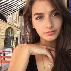 Jessica Clements Do you like her? I post pictures of pretty girls in my blog, so visit it or follow me ;)
