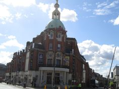New Wimbledon Theatre - Marlene Dietrich gave her last stage performance here in 1975