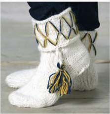 Öronlappsmössa, halsduk, tumvante, ridvante och socka Stick O, Knitting Socks, Mittens, Ravelry, Knit Crochet, Diy And Crafts, Reusable Tote Bags, Textiles, Sewing