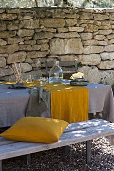 Lissoy Washed Linen Home Textiles / Linge de Maison 100% Lin Lave. 100 % Washed linen bedding, linen Tableware, linen Bath collection, linen Curtain panels, linen Decor. Linen runner. 100% lin lave, linge de lit, linge de table, 100% lin lave rideaux, 100% serviette bain.Photography by Eric d'HEROUVILLE Styled by Laurence Dougier.