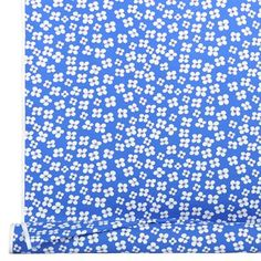 A lovely fabric with the pattern Belle Amie designed by Marianne Westman from the Swedish company Almedahls.