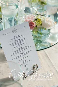 Menu Design for Estuardo & Denise's Wedding in Guatemala. Destination Wedding Planner Experts.  Wedding Planner: Dream Events Decoration: Addy Florales