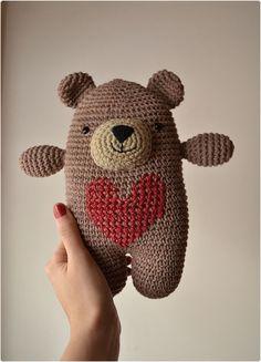 Crochet Teddy, Crochet Amigurumi, Cute Crochet, Crochet Dolls, Crochet For Kids, Crochet Yarn, Knitting Bear, Loom Knitting, Crochet Bear Patterns