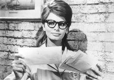 Sophia Loren. Love the glasses.