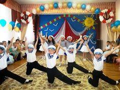 Дети танцуют танец джентльменов - YouTube