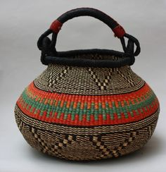 The 30 Second Trick For Magnificent Tribal Art 135 African Crafts, African Art, African Interior, Wicker Baskets, Woven Baskets, Basket Bag, Weaving Patterns, Tribal Art, Basket Weaving