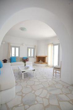 Santorini House, Greek Decor, Mud House, Greek House, Dome House, Earth Homes, Mediterranean Homes, Pool Houses, Home Interior Design