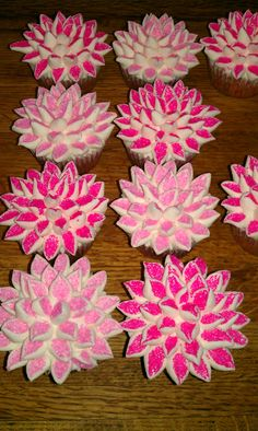 cupcakes i made for breast cancer fundraiser - Breast Cancer Decorations