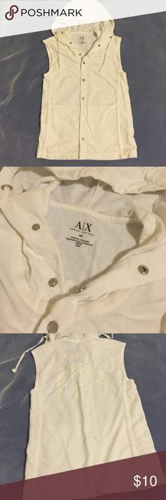 [Armani Exchange] White Sleeveless Hoodie - XS Comfortable sleeveless hoodie great to throw over your outfit. Very white and no stains! Armani Exchange Tops