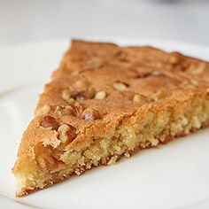 Brown sugar skillet cake. A chewy blondie style cake topped with walnut pieces and on the table in 30 minutes.