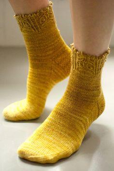 Ravelry: Reynard Socks by Kirsten Kapur