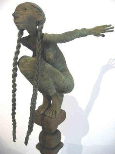 'Le Saut' - by Dirk de Keyzer | Belgian artist °Sleidinge 1958 | bronze sculptures | elegant, determined women having a touch of humour.