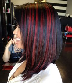 Types of Hair Highlights explained from different hair salons with pictures. Various auburn, brown and red hair highlights ideas, styles, and trends in Black Hair With Highlights, Dark Red Hair, Hair Color For Black Hair, Hair Highlights, Color Highlights, Red Peekaboo Highlights, Red Hair Streaks, Chunky Highlights, Red Foils Hair