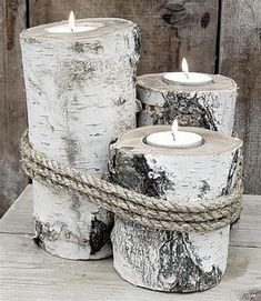 DIY Creative candles with logs. In this post we have selected for you 20 magnificent ideas to make candles from logs. Be inspired by these beautiful ideas. Wood Crafts, Diy And Crafts, Birch Tree Decor, Wood Tree, Christmas Crafts, Christmas Decorations, Simple Christmas, Tree Decorations, Deco Nature