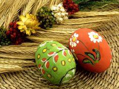 A Páscoa está chegando! E ela é muito mais do que só ovos de chocolate. É uma oportunidade para reunir a família e festejar o amor. Você não precisa fazer muitos investimentos financeiros para passar um domingo agradável.   Você pode, por exemplo, trocar os ovos de chocolate por comidinhas criativas.