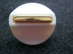 18 Stück Montageknöpfe,Jackenknöpfe mit Öse,Weiß/Gold,Durchmesser ca.22 mm,Neu,Lübecker Knopfmanufaktur von Knopfshop auf Etsy