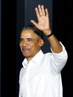 Barack Obama birthday in Martha's Vineyard: COVID protocols required Michelle Obama, Barack Obama Birthday, Smokey Robinson, Black Presidents, Shaquille O'neal, Former President, Famous People, Celebrities, Green Belt