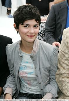 Audrey Tautou short hair style pic 2