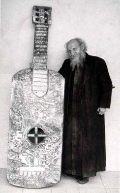 Who could strum that thing?! Father Crespi With An Atlantean Instrument of Nephilim Proportions. Via Larry Scott - Taken from: https://www.facebook.com/groups/226931497404682/