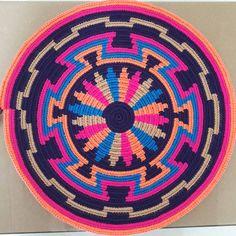 Gallery Grade sisal handmade basket by Tintsaba in Swa Tapestry Crochet Patterns, Crochet Mandala Pattern, Crochet Circles, Crochet Chart, Mochila Crochet, Crochet Shell Stitch, Tapestry Bag, Cross Stitch Bird, Crochet Purses
