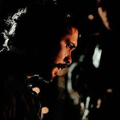 Bellamy's face after Clarke slapped him.