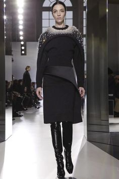 Balenciaga Ready To Wear Fall Winter 2014 Paris - NOWFASHION