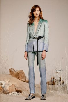 Zoë Jordan | Spring 2016 Ready-to-Wear | 15 Green/blue suit