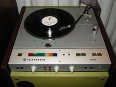 TELEFUNKEN PS81DD Broadcast turntable