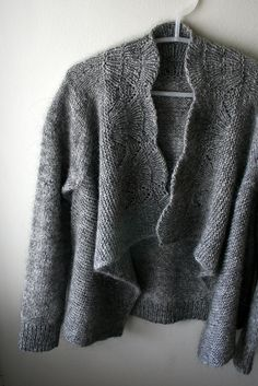 Ravelry: gussie's nanook 2 If only I could knit this beautiful sweater. Knitting Needles, Knitting Yarn, Hand Knitting, Knitting Sweaters, Knit Jacket, Knit Cardigan, Cardigan Pattern, How To Purl Knit, Knit Or Crochet