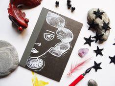Quaderno A6  a righe nero stampato a mano con disegno