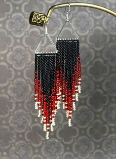 Best 11 Long black and red earrings. Made of Czech beads number 10 and If you like these earrings, but you want a different size or color – contact me. I will be glad to help you. Length – inches (with ear hooks) Width – inches Materials: See Black Earrings, Seed Bead Earrings, Boho Earrings, Gemstone Necklace, Beaded Earrings Patterns, Beading Patterns, Turquoise, Stone Beads, Creations