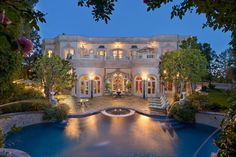 Photo of pool and the back of Natalie Glosman's $19 million Beverly Hills mansion.