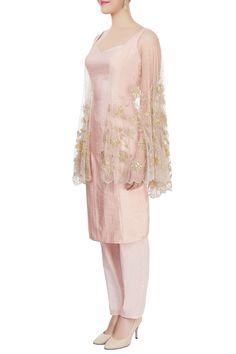 Buy Blush pink winged kurta & trousers by Diya Rajvvir at Aza Fashions Sharara Suit, Palazzo Pants, Pants Outfit, Indian Wear, Blush Pink, Wings, Designers, Trousers, Suits