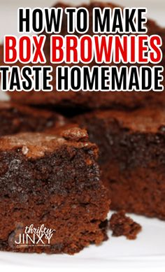 A basic boxed brownie mix can taste AWESOME when you Learn How to Make Box Brownies Taste Homemade. It only takes a few changes and additions to the ingredients. Cake Like Brownies, How To Make Brownies, Box Brownies, Chewy Brownies, Homemade Brownies, Easy Brownies, Smores Brownies, Healthy Brownies, Caramel Brownies