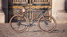 The Mason Bokeh can swap between 700c and the 650b wheels shown here, and comes in 1x and 2x builds