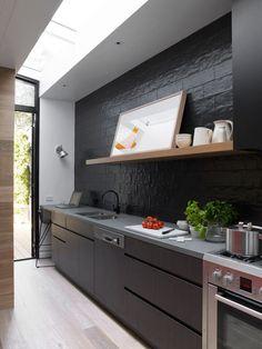 siyah mutfak tasarimlari dolaplar dekor fikirleri modern klasik modeller renk kombinasyonlari (3) – Dekorasyon Cini