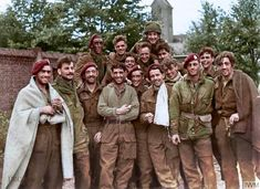 Members of the British Airborne Division (mostly Bn Borders), safe in the grounds of the Missionary College in Nijmegen, on Tuesday September, after being successfully evacuated across the Rhine from Arnhem. Ww2 Pictures, Ww2 Photos, Military Pictures, British Army Uniform, British Soldier, British Uniforms, Operation Market Garden, Parachute Regiment, British Armed Forces