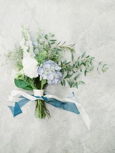 Elegant Book Themed Wedding of our Winter Dreams ⋆ Ruffled Wedding Prep, Elegant Wedding, Floral Wedding, Wedding Colors, Wedding Bouquets, Dusty Blue, Bridal Flowers, Gardening For Beginners, Event Styling