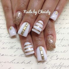 White and gold nails my fav