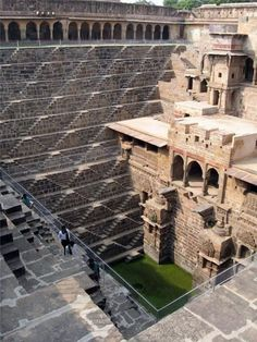 The Deep Well of Chand Baori    Built in the 10th century, the incredibly deep well of Chand Baori, India was a practical solution to the limited water in the area. In order for the water source to last for the entire year, the people of the area were forced to dig 98 feet down. The well has 13 floors and 3,500 steps. Local legends say ghosts built it in one night and that it has so many steps so that anyone who throws a coin into the well will be unable to retrieve it.