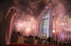 DUBAI // A spectacular fireworks display framing the Burj Al Arab began the 43rd National Day celebrations on Monday. UAE nationals, residents and tourists clapped and cheered as green and red rockets lit up the night sky. The dazzling 15-minute fireworks were accompanied by a sound and light show that was beamed on the sail-facade […]