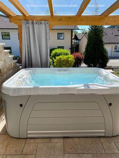 Wir wünschen unserem Kunden  viel Freude mit seinem neuen  Serenity 4300 Whirlpool! Cross Training, Innovation, Spa, Serenity, Outdoor Decor, Home Decor, Light Therapy, Space Travel, Glee