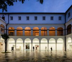 Image 4 of 16 from gallery of Contemporary Art Space in the Former Convent of Madre de Dios / Photograph by Fernando Alda New Architecture, Tropical Architecture, Contemporary Architecture, Contemporary Art, Zaha Hadid, Brick In The Wall, Facade Lighting, House Deck, Exhibition Space