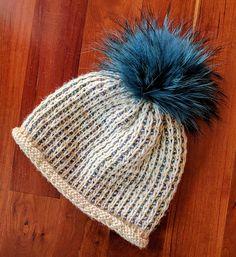 Goosebumps Hat by Yvonne Huizinga | malabrigo Mecha in Natural and Arapey