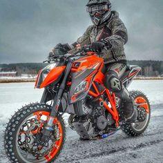 1290 Superduke ice rider