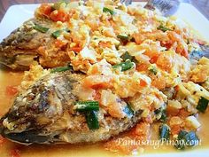 Sarciadong Isda or Fish with Sauce is a good tasting fish (tilapia) recipe. Get the details on how to make this delicious dish by reading this post.
